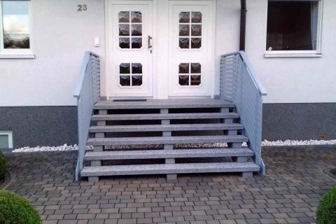 T032-Aluminium-Balkone-Balkongelaender-Rieb-Balkone-Wartungsfrei-Gelaender-Nie-mehr-Streichen