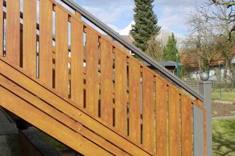 T037-Aluminium-Balkone-Balkongelaender-Rieb-Balkone-Wartungsfrei-Gelaender-Nie-mehr-Streichen