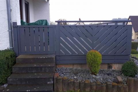 T045-Aluminium-Balkone-Balkongelaender-Rieb-Balkone-Wartungsfrei-Gelaender-Nie-mehr-Streichen
