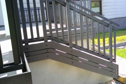 T052-Aluminium-Balkone-Balkongelaender-Rieb-Balkone-Wartungsfrei-Gelaender-Nie-mehr-Streichen
