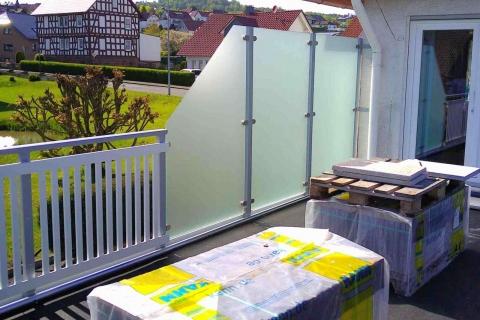 T053-Aluminium-Balkone-Balkongelaender-Rieb-Balkone-Wartungsfrei-Gelaender-Nie-mehr-Streichen