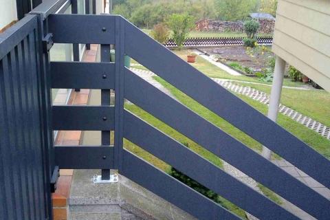 T059-Aluminium-Balkone-Balkongelaender-Rieb-Balkone-Wartungsfrei-Gelaender-Nie-mehr-Streichen