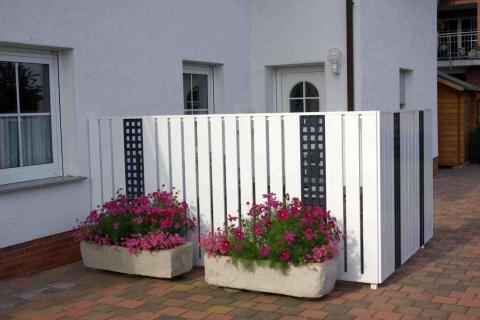 T189-Aluminium-Balkone-Balkongelaender-Rieb-Balkone-Wartungsfrei-Gelaender-Nie-mehr-Streichen
