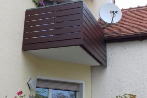 W016-Waagerecht-Aluminium-Balkone-Balkongelaender-Rieb-Balkone-Wartungsfrei-Gelaender-Nie-mehr-Streichen