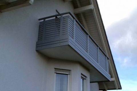 W018-Waagerecht-Aluminium-Balkone-Balkongelaender-Rieb-Balkone-Wartungsfrei-Gelaender-Nie-mehr-Streichen