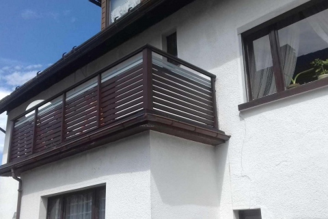 W029-Waagerecht-Aluminium-Balkone-Balkongelaender-Rieb-Balkone-Wartungsfrei-Gelaender-Nie-mehr-Streichen