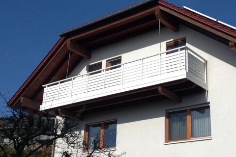 W031-Waagerecht-Aluminium-Balkone-Balkongelaender-Rieb-Balkone-Wartungsfrei-Gelaender-Nie-mehr-Streichen