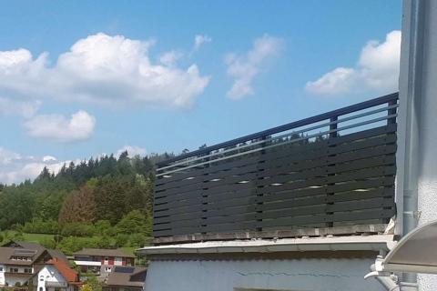 W170-Waagerecht-Aluminium-Balkone-Balkongelaender-Rieb-Balkone-Wartungsfrei-Gelaender-Nie-mehr-Streichen