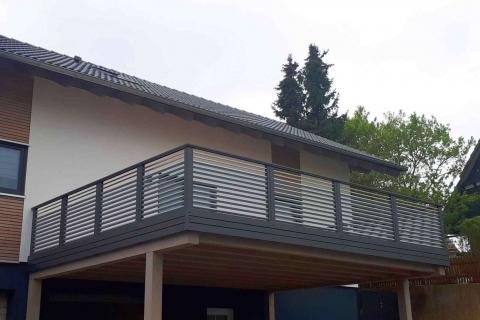 W182-Waagerecht-Aluminium-Balkone-Balkongelaender-Rieb-Balkone-Wartungsfrei-Gelaender-Nie-mehr-Streichen