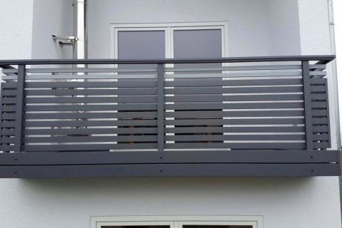 W184-Waagerecht-Aluminium-Balkone-Balkongelaender-Rieb-Balkone-Wartungsfrei-Gelaender-Nie-mehr-Streichen