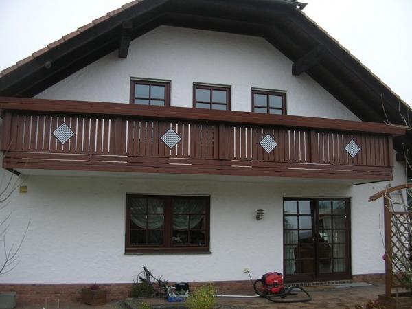 H005-Berlin-Rieb-Balkone-Geländer-Aluminium-Wartungsfrei-Balkongeländer-Renovierung-Witterungsbeständig