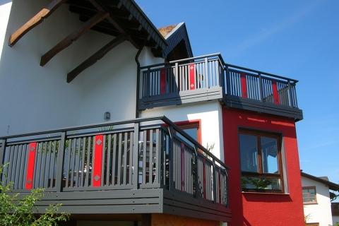 R008-System3000-Rieb-Balkone-Geländer-Aluminium-Wartungsfrei-Balkongeländer-Renovierung-Witterungsbeständig