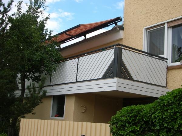 R037-Franken-Rieb-Balkone-Geländer-Aluminium-Wartungsfrei-Balkongeländer-Renovierung-Witterungsbeständig
