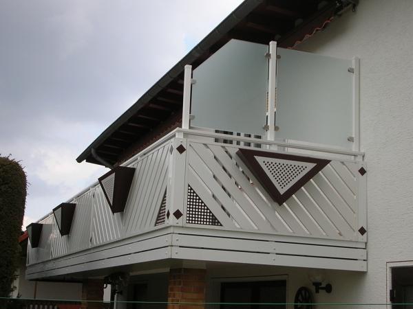R058-Franken-Rieb-Balkone-Geländer-Aluminium-Wartungsfrei-Balkongeländer-Renovierung-Witterungsbeständig