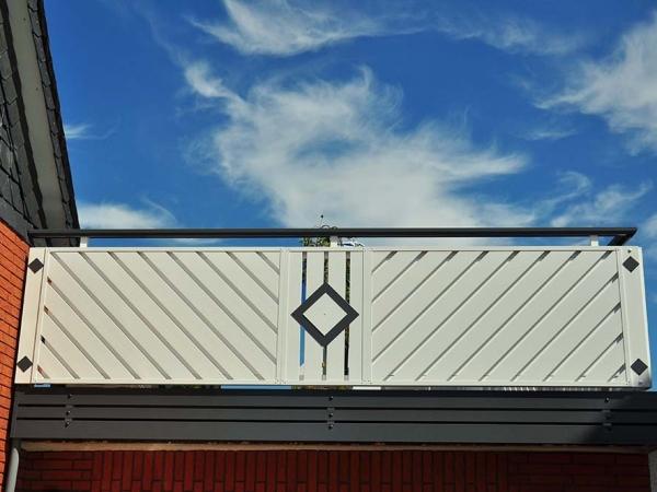 R054-Franken-Rieb-Balkone-Geländer-Aluminium-Wartungsfrei-Balkongeländer-Renovierung-Witterungsbeständig