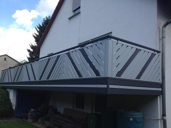 R0708-Franken-Rieb-Balkone-Geländer-Aluminium-Wartungsfrei-Balkongeländer-Renovierung-Witterungsbeständig